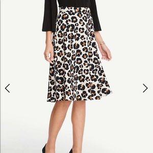 Ann Taylor Cheetah Skirt; size 0